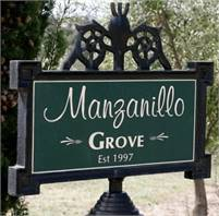 Manzanillo Grove  Renate Kint